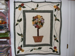 Finished Topiary Wall Quilt May 21 09